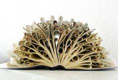 """Livre-objet """"Le gâteau""""  Créateur : abadova (littlemarket)"""