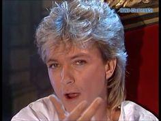David sings Romance Shirley Jones, Star David, First Crush, Partridge Family, David Cassidy, Greatest Hits, No One Loves Me, Celebrity Crush, Beautiful Men