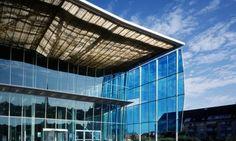 Médiathèque du Grand Troyes / BMVR Troyes / 2002 / 10 587m² / Architectes : Pierre du Besset et Dominique Lyon
