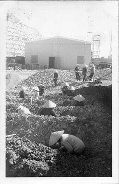 Pr'Line '67 Digging sewage leaching field  by Ross Evans