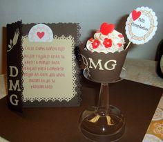 Cupcake Con Wrapper y Tarjeta Personalizados