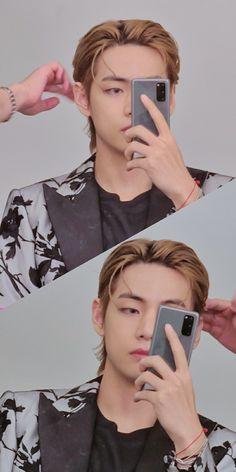 Foto Bts, Bts Photo, Kim Taehyung, Bts Bangtan Boy, Bts Jimin, Daegu, Bts Ships, V Bts Wallpaper, Lock Screen Wallpaper
