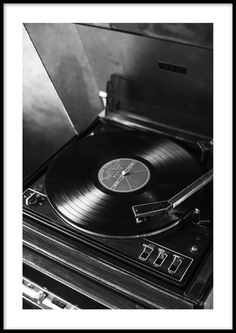 Black and white photograph of an old record player. A classic poster with a retro touch that goes great in a gallery wall with other black and white prints. Vintage Record Player has a built-in white passe-partout that frames the motif elegantly. Black And White Picture Wall, Black And White Posters, Black And White Wallpaper, Black And White Prints, Black Walls, Black And White Pictures, Black Aesthetic Wallpaper, Black And White Aesthetic, Aesthetic Colors