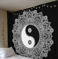 BLACK AND WHITE YIN YANG WALL MANDALA TAPESTRY 82X92 In