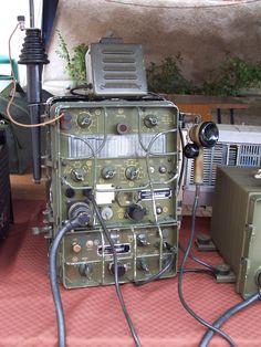 AIR - Radiorama: Radio equipment Surplus