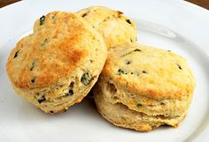 buttermilk biscuits with cheddar and chives