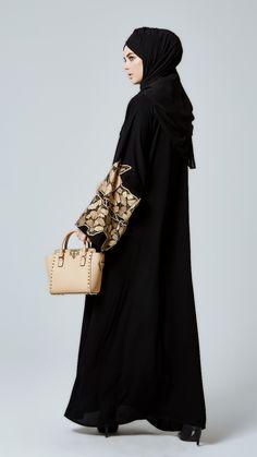 Gold abaya by Feradje