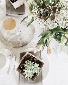Copy Cat Chic | A spring tea party for local bloggers in partnership with @worldmarket @munchery @thebouqs, @artoftea @herbivoreb @lovegoodly @zadypins @vitalitybowls and Pop Organic.