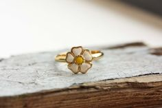 Gold Daisy Ring by diamentdesigns on Etsy, $16.00