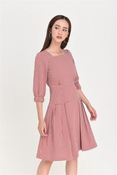 Chifon Dress, Modest Wear, Fit N Flare Dress, Short Dresses, Summer Dresses, Young Fashion, Holiday Outfits, Classy Outfits, Striped Dress