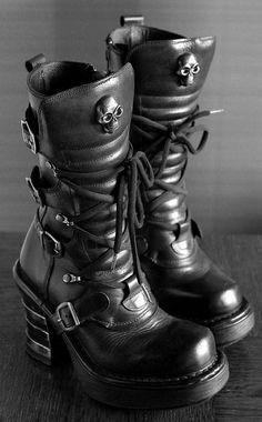 New Rock Skull Boots