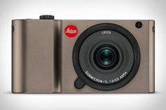 With a 16 megapixel APS-C sensor at its core, the Leica TL Camera offers a compact body without compromising on image quality. AF performance is improved over its predecessor, and the built-in buffer has doubled to a beefy 32GB.