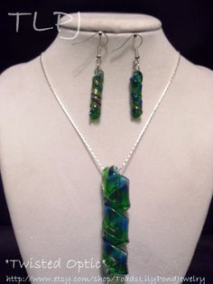18 inch Green and  Blue Dichroic Glass Pendant necklace and earring set. $15.00, via Etsy.