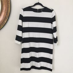 """Forever 21 striped shift dress This item has been used. Great condition. Thicker stripes. Zip closure in back. Thicker than shirt material. Polyester/spandex/rayon/elastane blend. 33.5"""" long, 19"""" pit to pit. No trades/no Paypal Forever 21 Dresses Long Sleeve"""