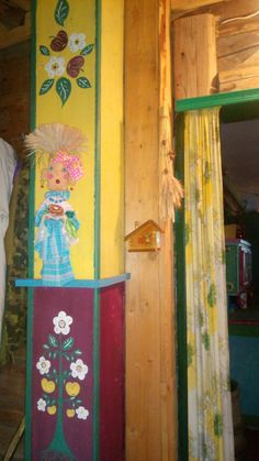 Ornamentating wooden interior parts and doll-obereg