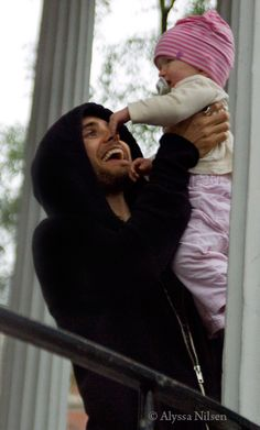 OH MY GOD ITS JARED LETO WITH A BABY.  JARED LETO AND A BABY.  JUST STOP.
