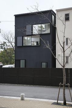 Spiral Window House by Alphaville Architects