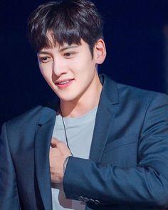 Korean Celebrities, Korean Actors, Ji Chang Wook Smile, Suspicious Partner, Bae Goals, I Have A Crush, Kdrama Actors, Korean Star, Korean Artist