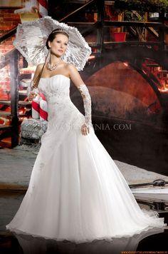 Bodenlange Günstige Brautkleider 2014 aus Organza mit Stickerei