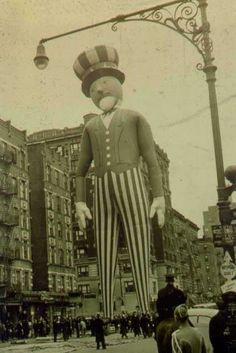 awesome old pics of Macy's Thanksgiving Day Parade
