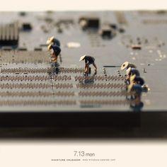 Miniature Calendar: 4 Años de Creaciones en Miniatura   wuahou