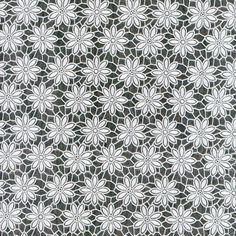 Tafelzeil Kant Bloemetje Wit Mini - Stijlvol kanten tafelzeil met print van kleine bloemetjes in wit. De structuur van het kant is duidelijk voelbaar aan de bovenzijde. Het kanten tafelkleed heeft een waterdichte onderkant, ook kruimels e.d. vallen er dus niet doorheen.  Het tafelzeil is gemaakt van vinyl. Kanten tafelzeilen zijn het mooist op een contrasterend tafelblad of als je er een effen tafelkleed onder legt. Kleur: Wit