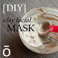 Refresh and nourish your skin with this DIY Clay Mask made with essential oils! This uses doTerra, but I prefer Young Living. Doterra Blog, Doterra Recipes, Doterra Essential Oils, Detox Recipes, Homemade Beauty Products, Natural Products, Essential Oil Uses, Diy Clay, Homemade Clay