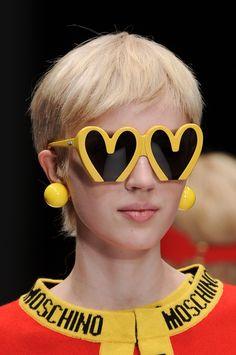 Gafas de Moschino en Milan en la Fashion Week de 2014