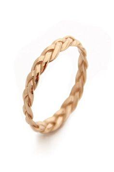 Yellow gold braided wedding ring by MayaMor via Etsy #braidedring #weddingring #gold ...repinned für Gewinner! - jetzt gratis Erfolgsratgeber sichern www.ratsucher.de