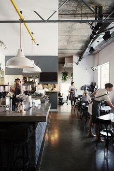 Restaurant, Cafe and Bars Archives Deco Restaurant, Modern Restaurant, Restaurant Design, White Restaurant, Industrial Restaurant, Design Hotel, Café Bar, Café Design, Home Design