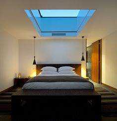 Love the skylight above the bed