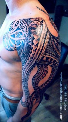Tribal octopus tattoo, this is a wicked piece of art #polynesian #tattoo