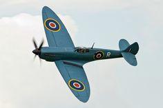 Supermarine Spitfire PRXI #plane #WW2