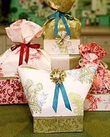 Holiday Gift Bags {candy packaging ideas from The Martha Stewart Show, December 2006}