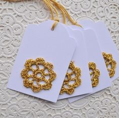 Gold Crochet Motif Gift Tags- set of 4 tags with gold thread for tying One Skein Crochet, Crochet For Boys, Learn To Crochet, Crochet Motif, Crochet Keychain, Crochet Bookmarks, Christmas Name Tags, Baby Headband Tutorial, Shabby Chic Gifts