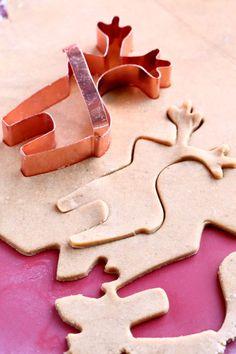 Helga-mummon pehmeät piparit - Suklaapossu Gingerbread Cookies, Food And Drink, Baking, Desserts, Gingerbread Cupcakes, Tailgate Desserts, Deserts, Bakken, Postres