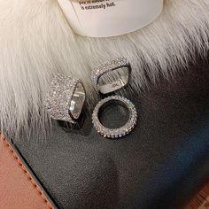 Inel modern pentru femei, cu strasuri stralucitoare, inel de lux pe trei marimi diferite