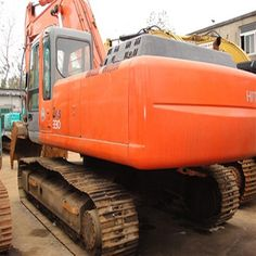 Controlling the dozer blade of Used Hitachi Excavator ZX 200 is your first task when operating an excavator. After learning this,you can operate an excavator in a high level. Excavator For Sale, Mini Excavator, Used Excavators, Komatsu Excavator, Blade, Monster Trucks, Range, Type, Cookers