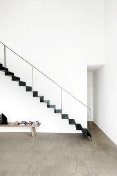 la minima expresion. escalera diseño de Piero Lissoni