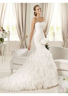 Ahh this is gorgeous! $326.94 #HL-02206 - Organza and Lace Strapless Neckline Mermaid Style with Layers Ruffled Skirt 2013 Wedding Dress