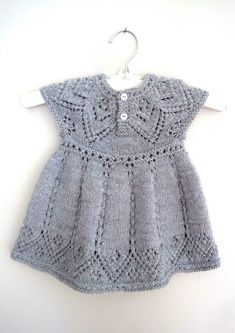 Pippa Dress knitting pattern by Suzie Sparkles, . Pippa Dress knitting pattern by Suzie Sparkles, Source Lace Patterns, Baby Knitting Patterns, Dress Patterns, Pretty Patterns, Knitting Ideas, Knitting Stitches, Pippa Dress, Crochet Baby, Knit Crochet