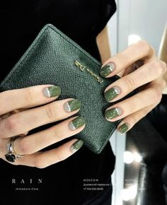If your boyfriend or husband is a soldier, or if you really like army green, these are the perfect attempts to use army green nail designs in another modern style. If you also like army green nail designs, look at today's post, we have collected som Creative Nail Designs, Creative Nails, Nail Art Designs, Nails Design, Trendy Nails, Cute Nails, Hair And Nails, My Nails, Grey Nail Art