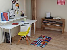Office in 1/12th scale (photo by Annina) | White office desk… | Flickr