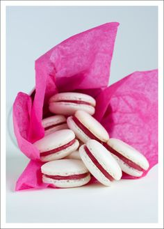 French Macarons with Cranberry Curd