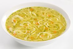 Supa de pui cu taitei – chicken soup with noodles Homemade Chicken Soup, Chicken Noodle Soup, Noodle Soups, Soup Recipes, Cooking Recipes, Healthy Recipes, Healthy Lunches, Noodle Recipes, Easy Recipes