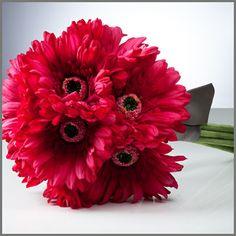 Dark pink Bouquet for bridesmaids