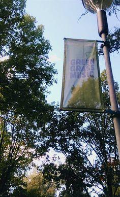 Pikku-Vesijärvi on merkitty Green Grass-merkillä, joka tarkoittaa että alueen käyttäjät ja hallinnoijat sitoutuvat ylläpitämään aluetta. Green Grass on ylläpitänyt Pikku-Vesijärven puistoa vuodesta 2012. Green Grass järjestää puistoon tapahtumia mm. Puistokonsertteja ja kioski toimintaa. Pikku-Vesijärven kioski  toimii myös alueen info-paikkana. - Kirke