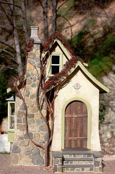 Wow, beautiful Carmel cottage in miniature by my very talented friend Randy Hage Miniature Rooms, Miniature Houses, Casas Country, Storybook Cottage, Fairytale Cottage, Putz Houses, Doll Houses, Fairy Garden Houses, Fairy Gardens