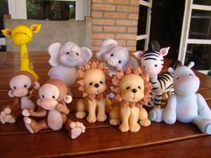 Preciosossssss Polymer Clay Figures, Fimo Clay, Polymer Clay Crafts, Minion, Edible Crafts, Edible Art, Sah Biscuit, 2 Baby, Safari Cakes