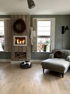 small living room designs are readily available on our website. Check it out and you will not be sorry you did. Modern Farmhouse Living Room, Paint Colors For Living Room, Living Room Modern, Small Living Room, Boho Living Room, Elegant Living Room, Home Decor, Living Room Grey, Rustic Room